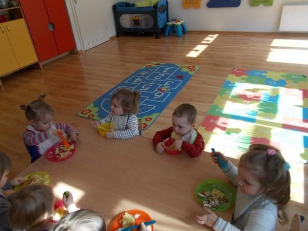 Dzieci w trakcie zabawy 5