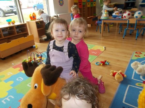 Dzieci w trakcie zabawy 14